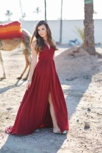 camel girl 1
